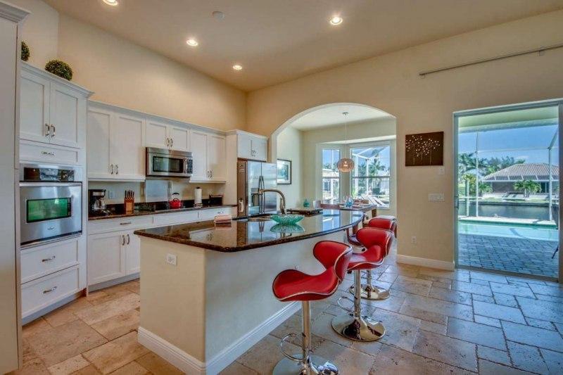 24-Kitchen-1280-1024x682