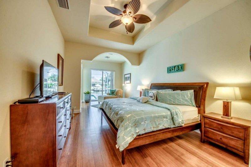 26-Master-Bedroom-1280-1024x682