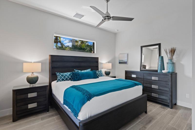 Guest-Bedroom-1-1-of-2